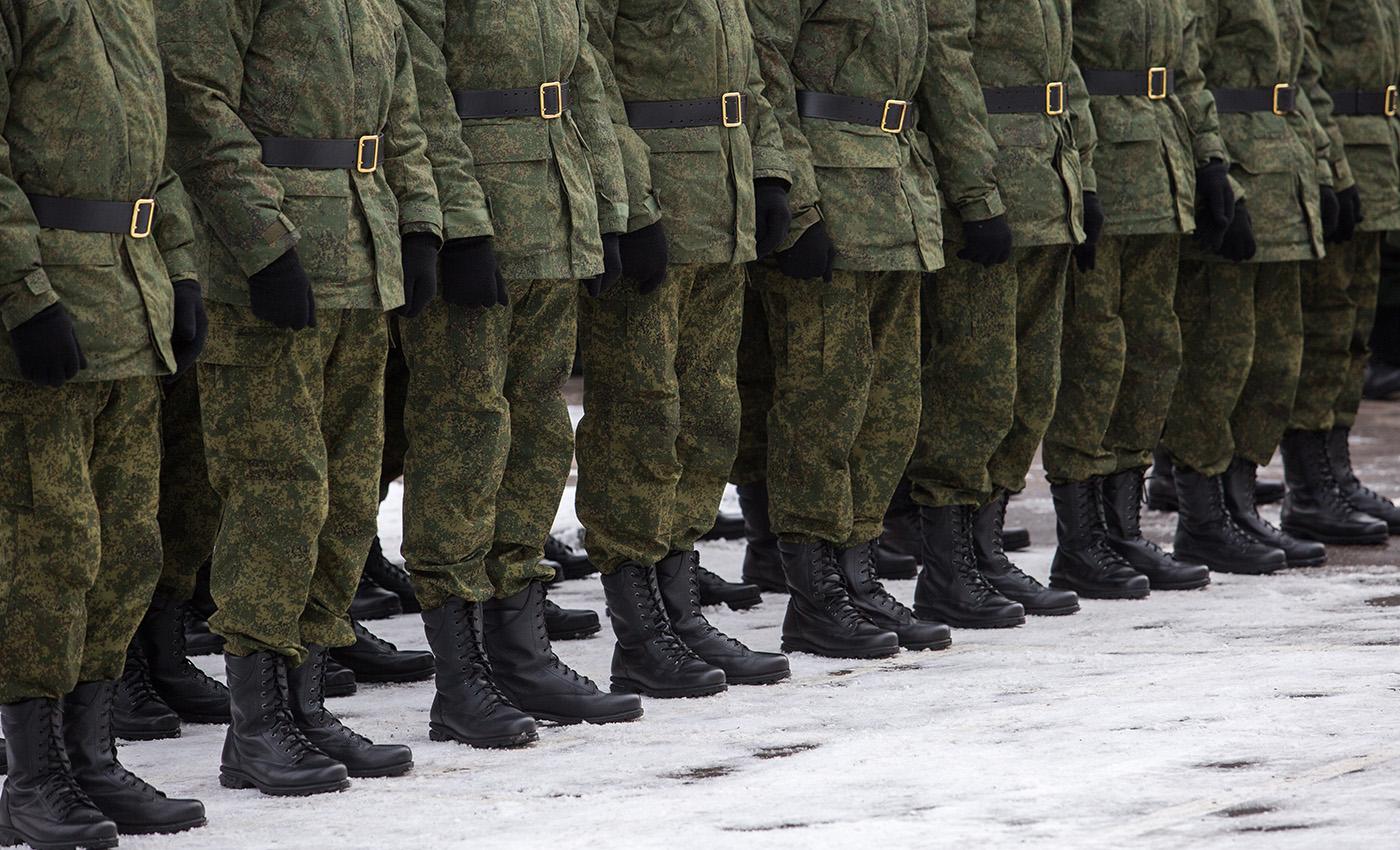 «Не хочешь в наряд — плати, хочешь позвонить домой — плати»: Вот такая вот армия сейчас у Говнокомандующего путина