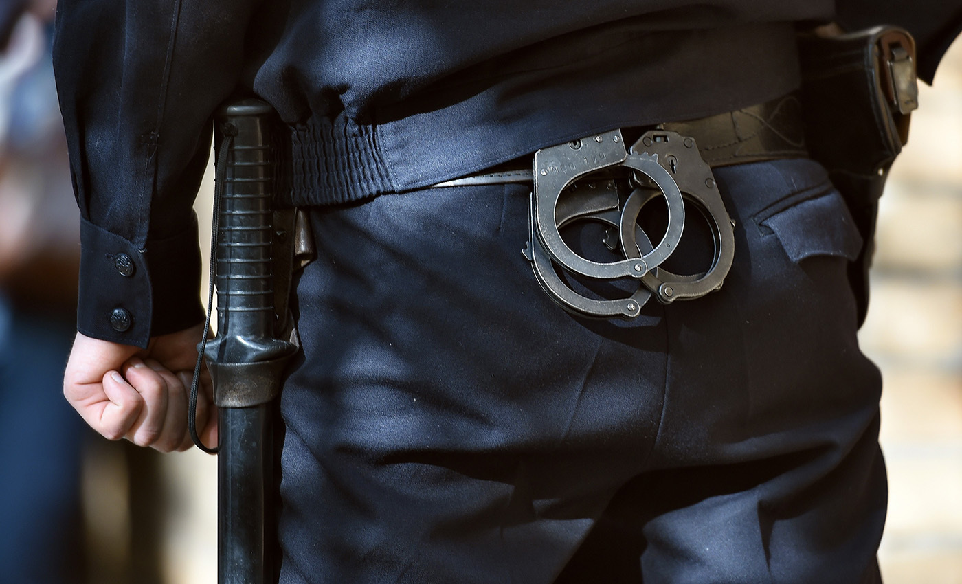 Как потерпевшему при избиении оправдать невиновных которых привлекает полиция