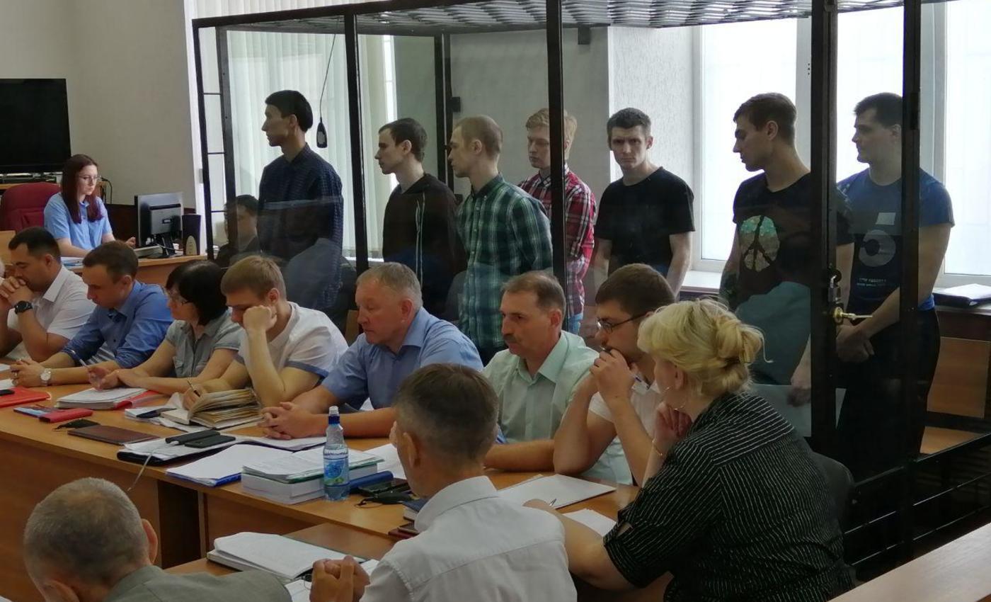 Обвиняемые по делу «Сети» в Пензе, 14 мая. Фото Евгения Малышева, «7x7»