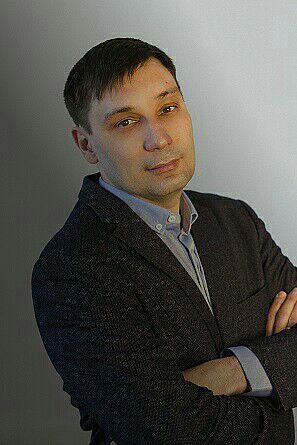 «Ты полностью в вакууме и под давлением». Петербуржца оштрафовали за то, что он не послушался полицейского с мегафоном и выкрикивал лозунги. Он глухой и почти не говорит
