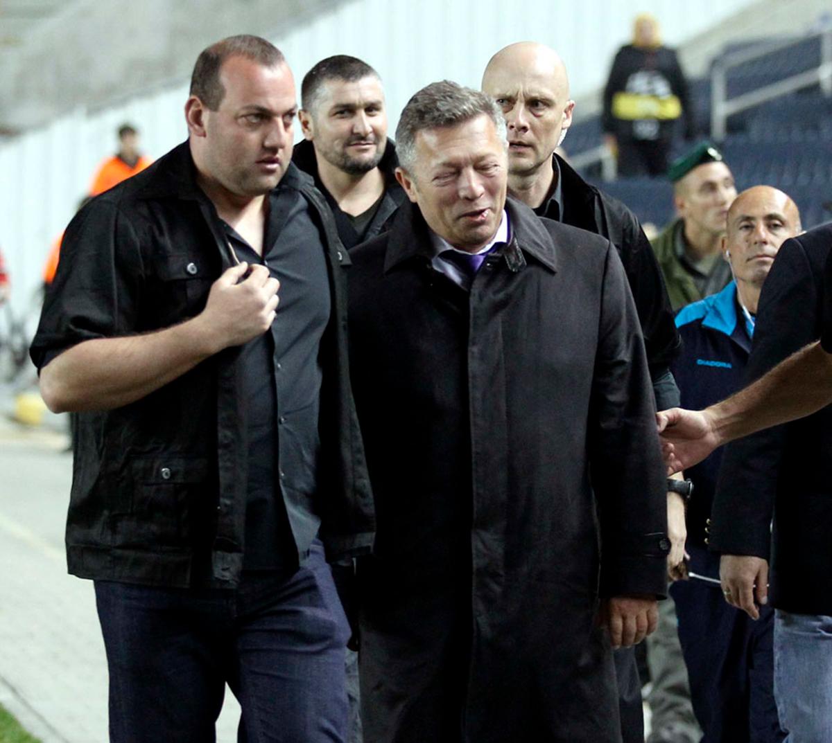 Второй слева — Руслан Геремеев. Фото: Berney Ardov