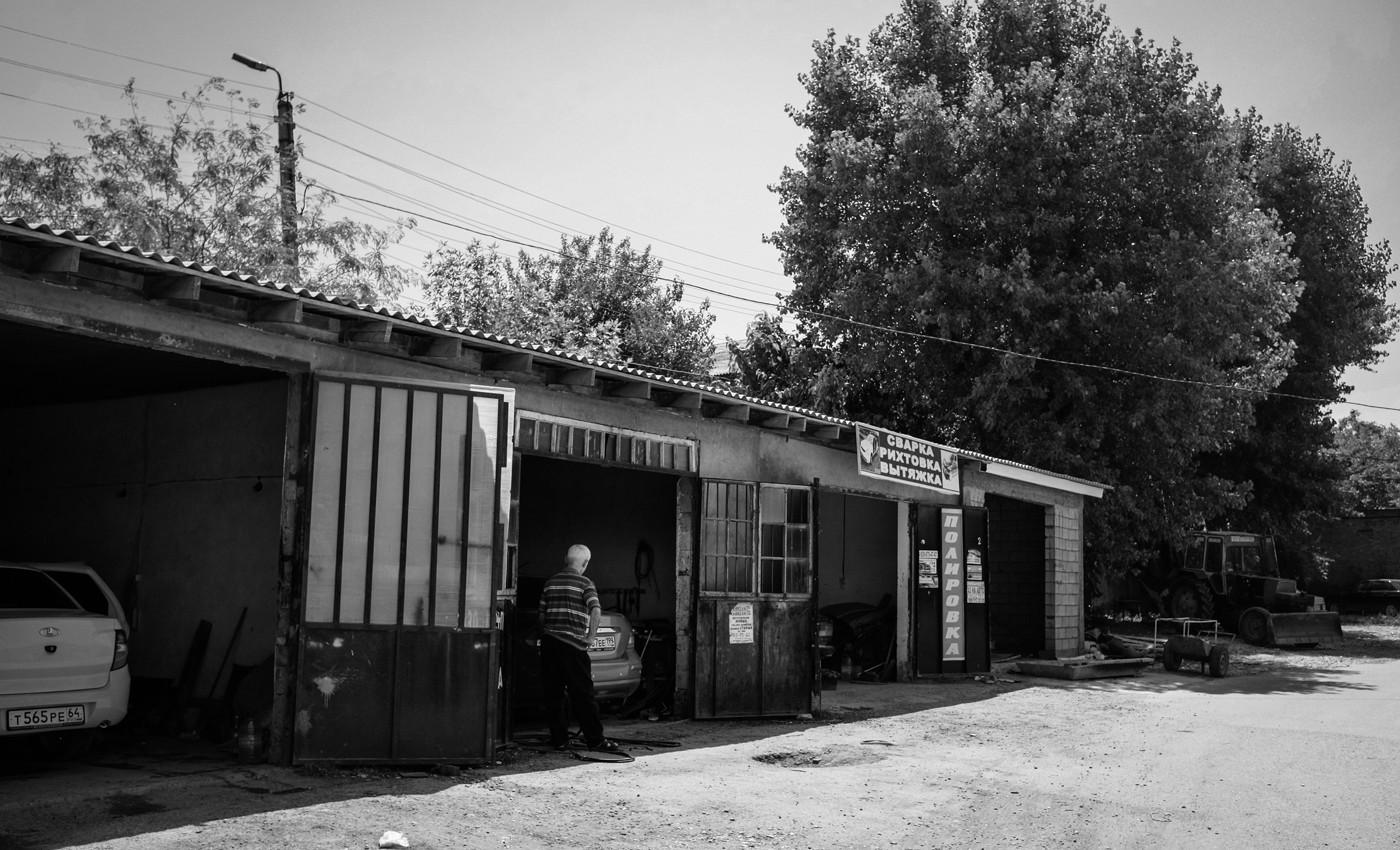 Место похищения Клыча Клычева, Госен Госенова и Камиля Джамалутдинова. Фото: Ильяс Хаджи / «Медиазона»