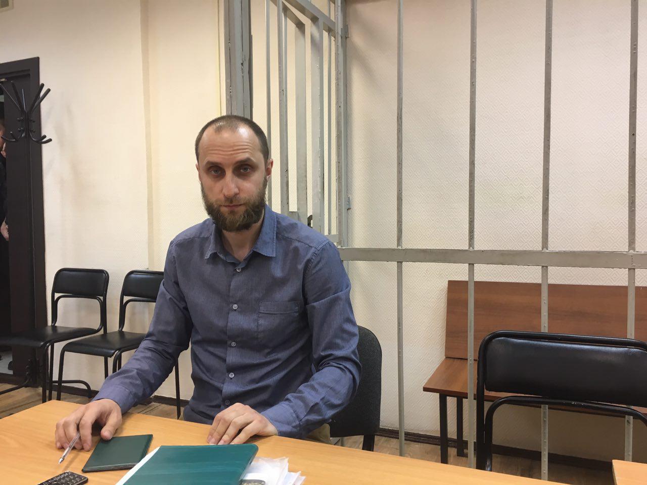 Фигурант «болотного дела» Бученков непришел всуд