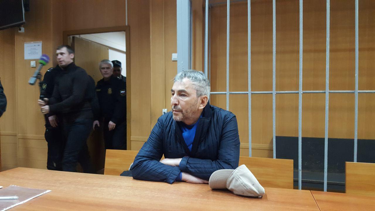 Умар Джабраилов в зале суда